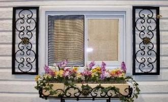 حفاظ پنجره و بالکن لوکس
